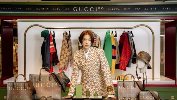 阪急うめだ本店の「Gucci 100 Pop-up」に来場した志尊淳