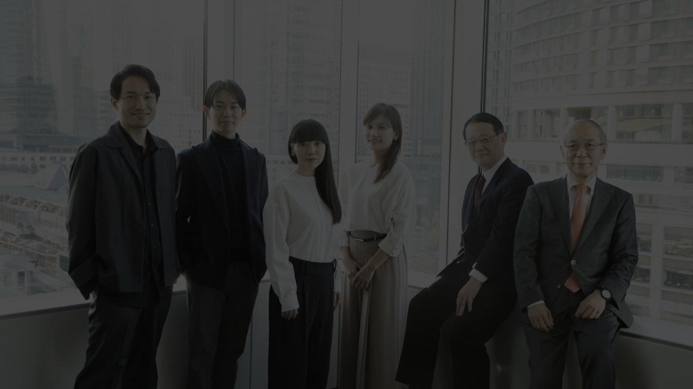 (左から)小松隼也弁護士、中内康裕弁護士、海老澤美幸弁護士、塩川泰子弁護士、玉井克哉弁護士、三村量一弁護士