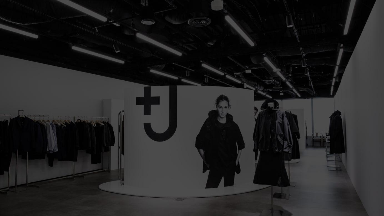 「+J」2021年春夏コレクションのショールーム