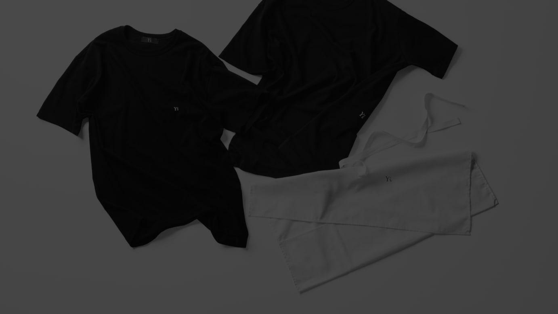 2枚組Tシャツ(税込1万4850円)