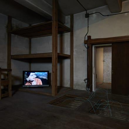 個展「ショパン、97分間」展示風景画像 | 2019 てつおのガレージ、日光、栃木|写真:髙橋健治 ©︎Tam Ochiai