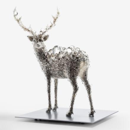 名和晃平《PixCell-Deer#52》 2018, mixed media h.2173 w.1896 d.1500 mm photo : Nobutada OMOTE | Sandwich Courtesy of SCAI THE BATHHOUSE