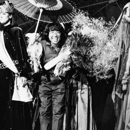 ショーのフィナーレで 1978年 ハイファッション掲載写真より 文化学園ファッションリソースセンター