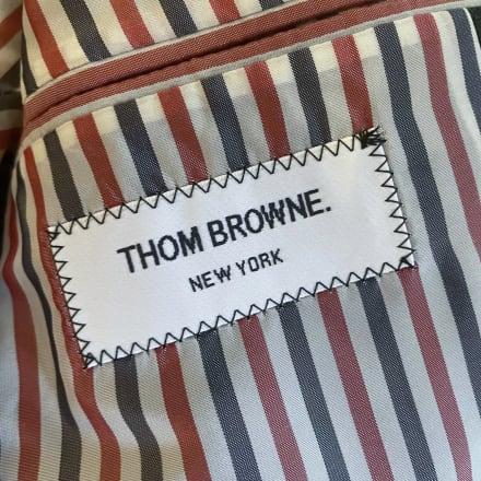 「トム ブラウン」のタグ Image by FASHIONSNAP