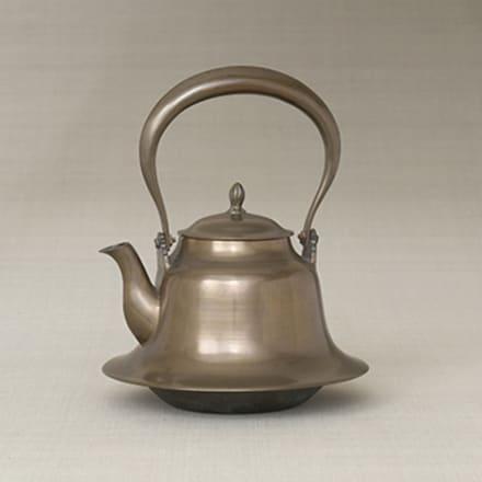 《羽広鉄瓶》 山形県 1934年頃 日本民藝館