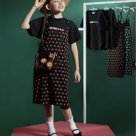 キッズ用Tシャツ(1980円)、キッズ用キャミワンピース(3300円/いずれも税込)
