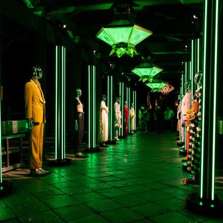回廊 Image by FASHIONSNAP