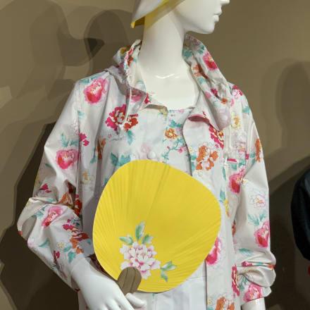 2004年アテネオリンピック競技大会 日本代表選手団公式服装(制作はユニクロ) Image by FASHIONSNAP