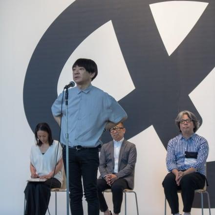 「デザインあ展 in TOKYO」の記者会見に登壇した小山田圭吾(2018年7月掲載) Image by FASHIONSNAP