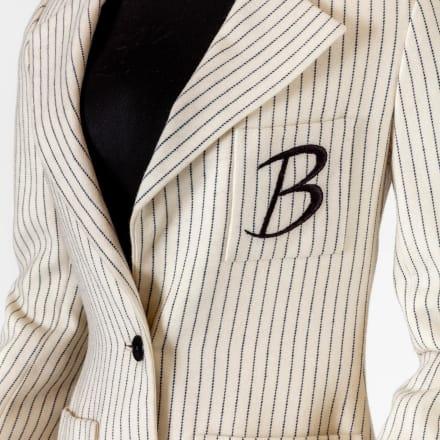 「ビリー・ホリデイ物語/奇妙な果実(Lady Sings the  Blues)」(1972年)でビリー・ホリデイ(Billie Holiday )に扮したダイアナ・ロス(Diana Ross)が着た衣装ア カデミー映画博物館写真:ジョシュア・ホワイト、JW  Pictures/©Academy Museum Foundation