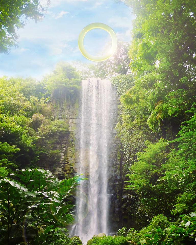 「Ring:One with Nature(リング・自然とひとつに)」 設置場所:the Véu de Noiva(花嫁のベール)(リオデジャネイロ州マンガラチバ、ムリキ)
