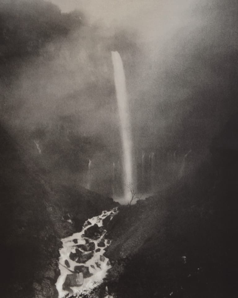 Kegon Falls 2006 lithograph © Hiroshi Sugimoto / Courtesy of Gallery Koyanagi and Hiromi Yoshii Edition