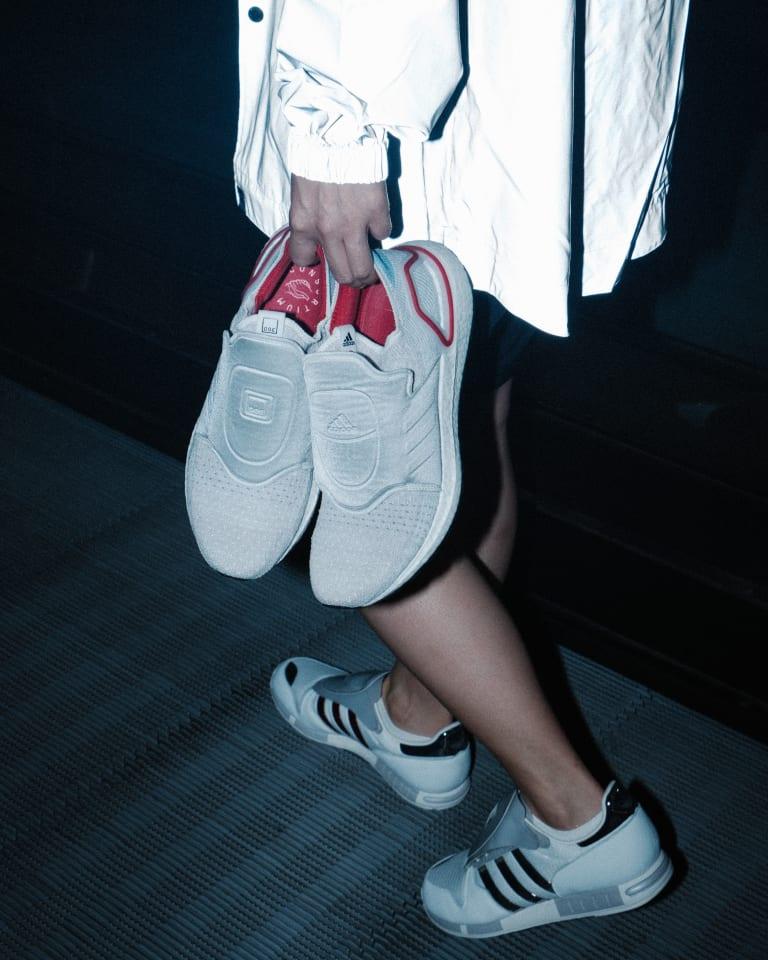 """DOE × adidas """"ウルトラブースト 19"""