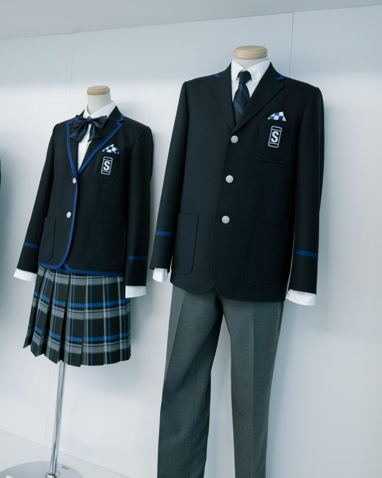 青稜中学校・高等学校の新制服