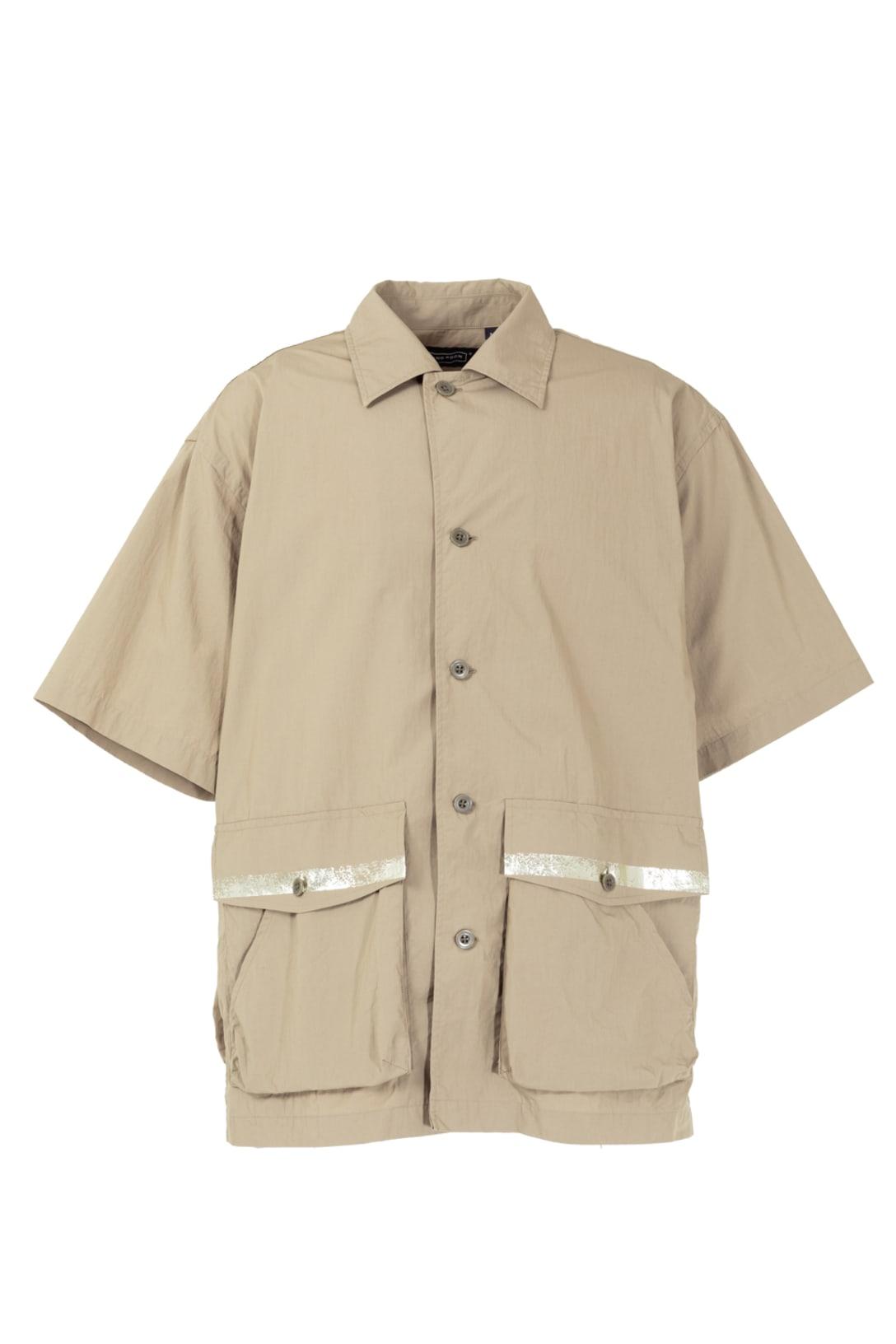 ポーターシャツ(ブラック・ベージュ・オリーブ3色展開、各税別2万7000円)※画像はベージュ