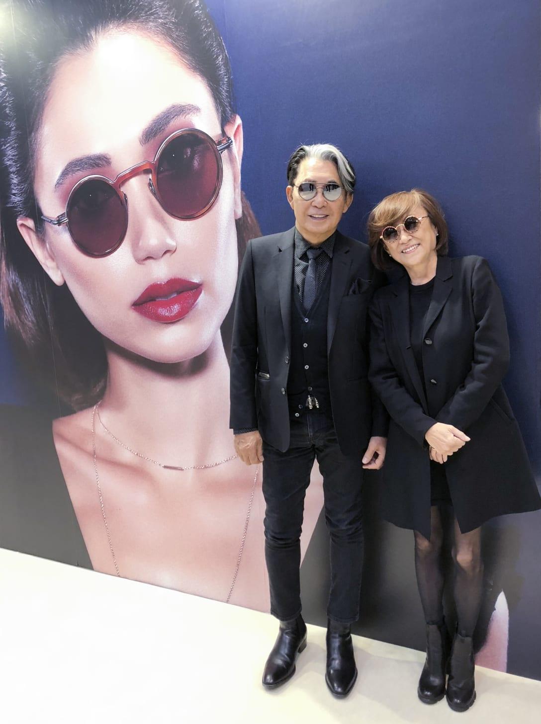 2018年、コラボレーションしている増永眼鏡の展示会にて(筆者提供)