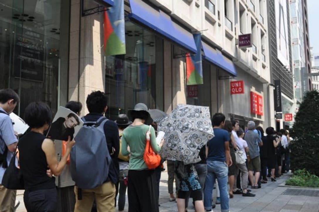 ユニクロ銀座店の入場待機列