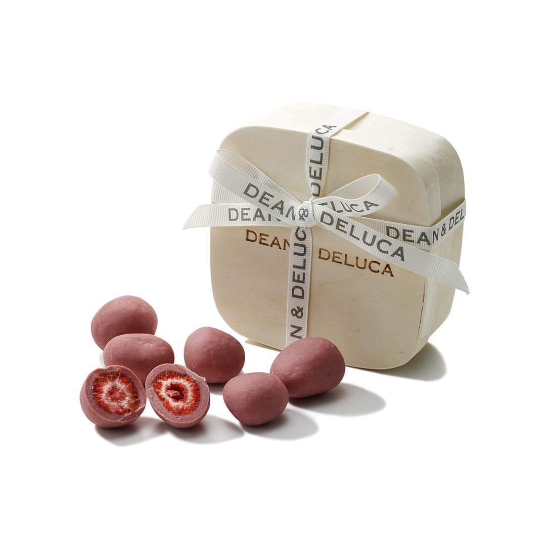 DEAN & DELUCA ルビーチョコディップドストロベリー ¥1,296