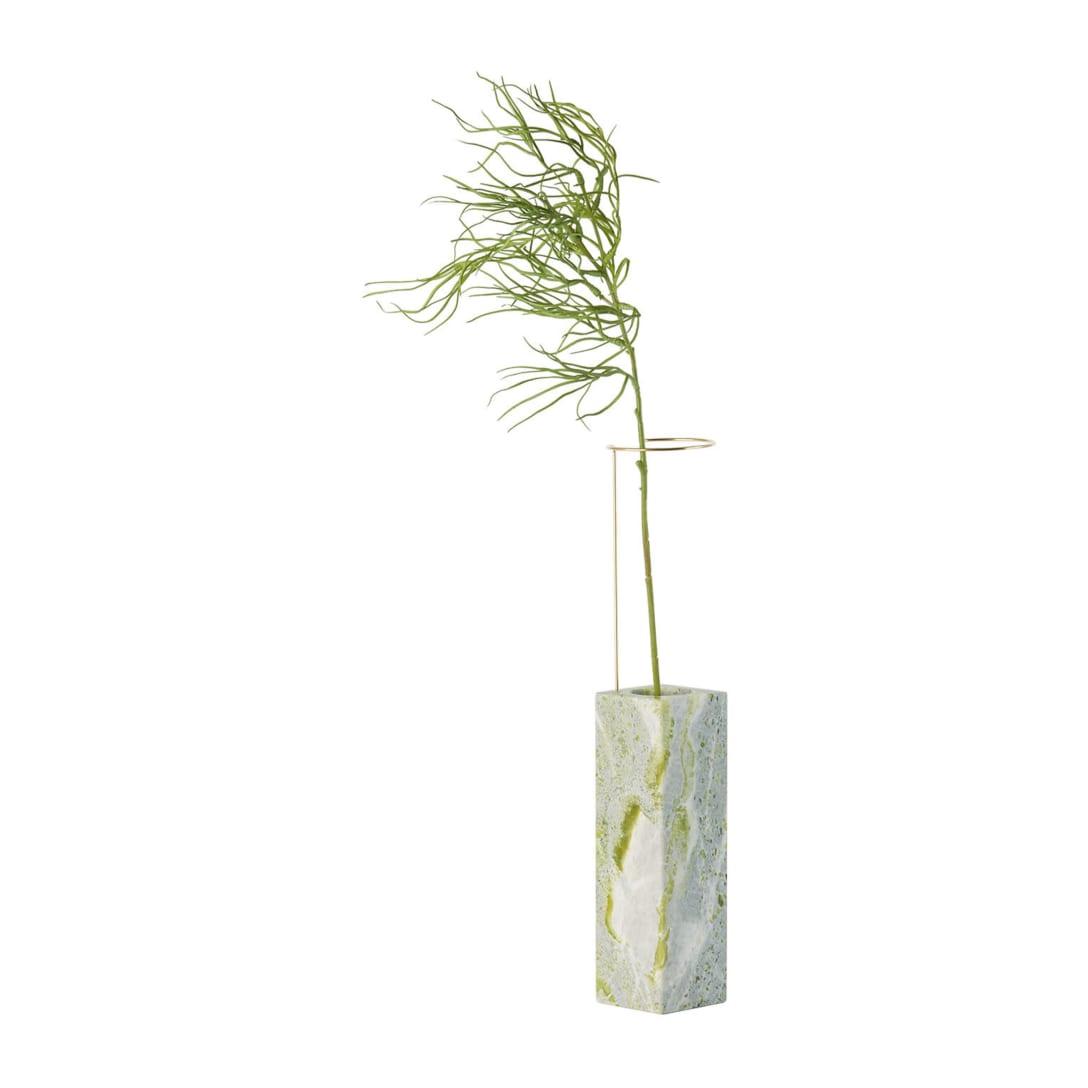 Carl Kleiner Edition グリーン Posture N.2 フラワーベース[高さ 57.5 cm x 幅 9 cm x 奥行き 9 cm / 重量 6.5 kg]¥51,000