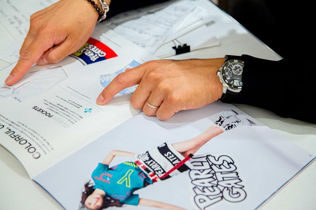 カタログでも「クリーンポケット」について紹介している。 Image by FASHIONSNAP.COM