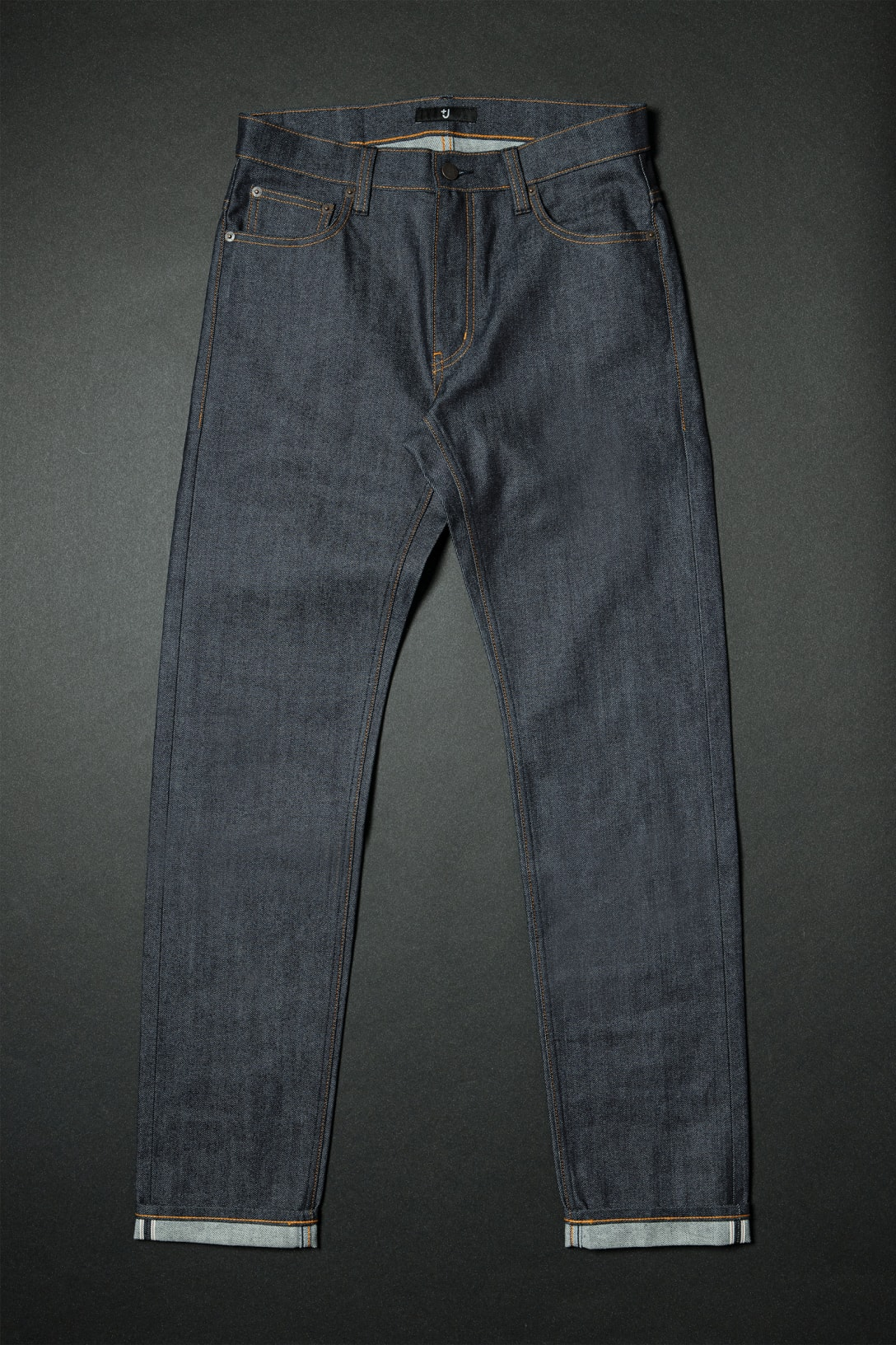 セルビッジ スリムフィットストレートジーンズ(5990円)