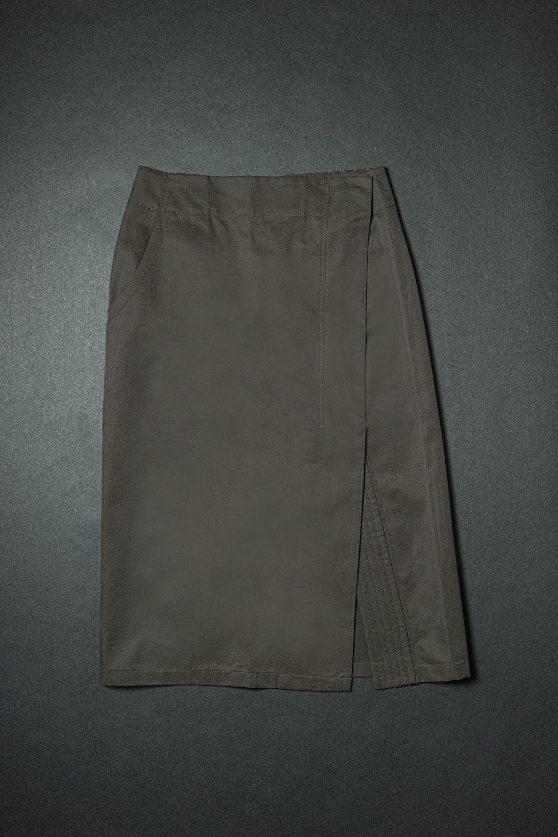 コットンリネンラップスカート(4990円)