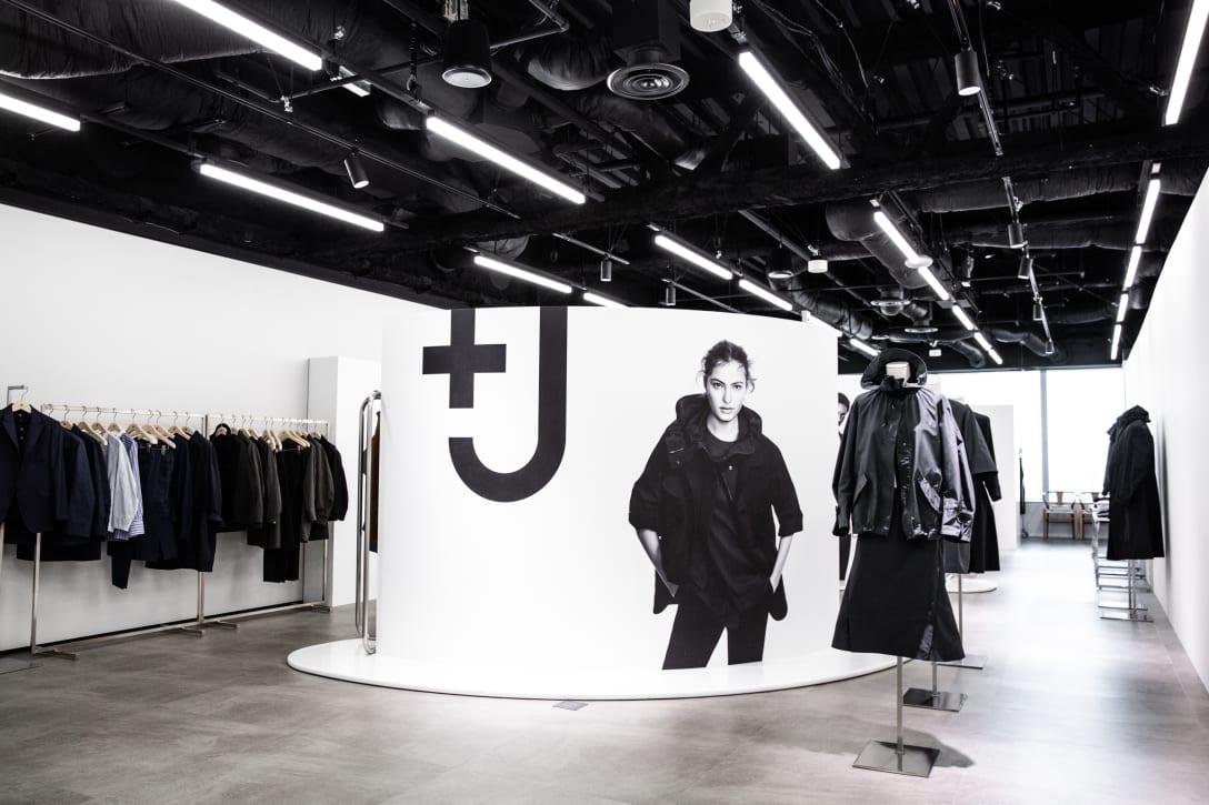「+J」2021年春夏コレクションショールーム