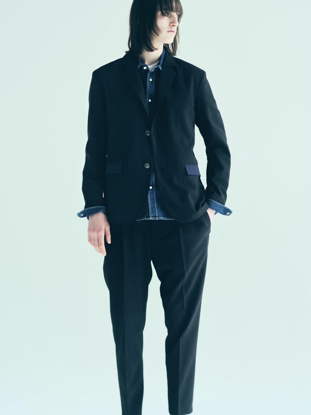 中村さんが着用したセットアップの色違い