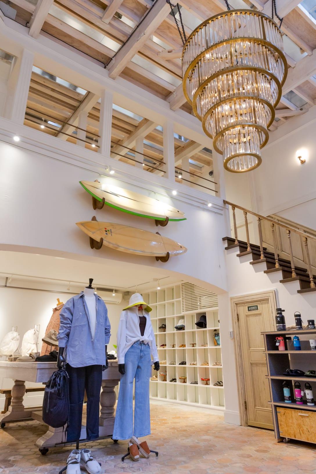 新店舗の1階 Image by FASHIONSNAP.COM