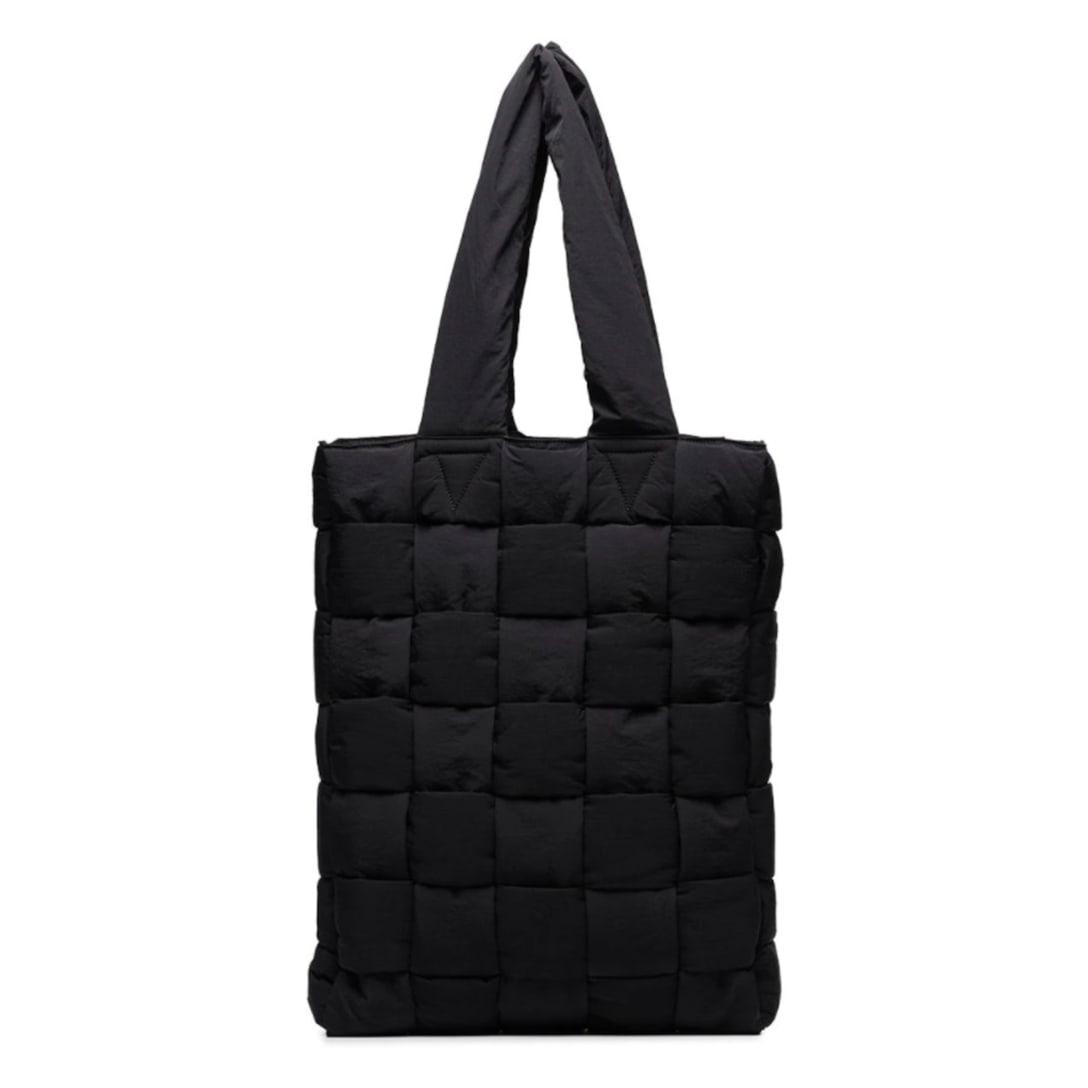 BOTTEGA VENETA キルティング ハンドバッグ ¥236,300(関税・消費税込)