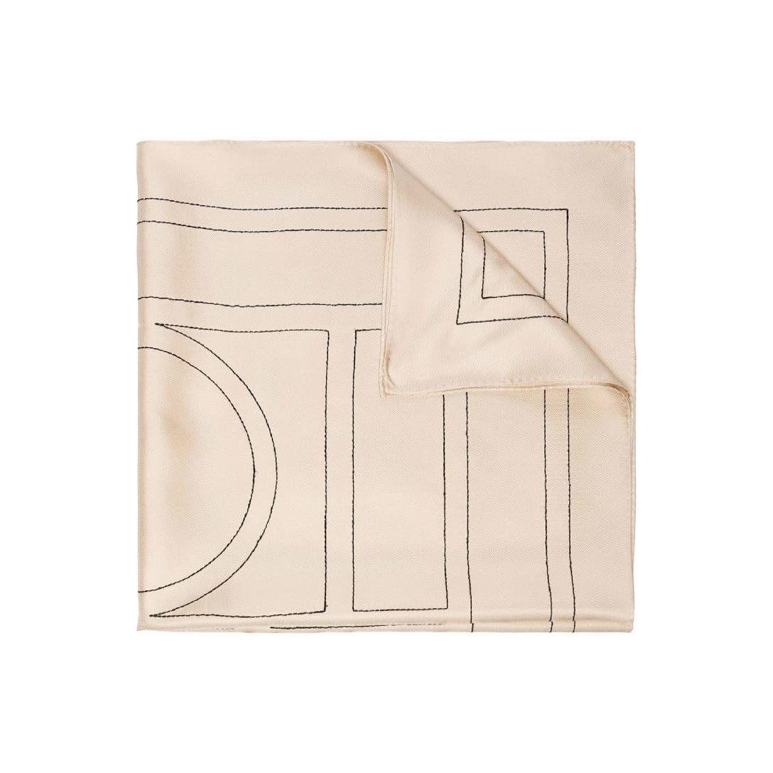 Totême ベージュ シルク Pantelleria スカーフ 31000円(関税・消費税込)