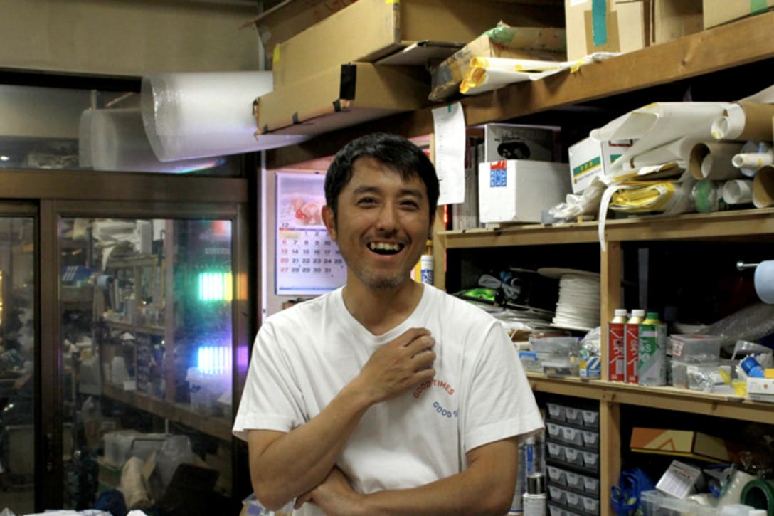 「ネオンっておもしろい」と何度もその魅力を語ってくれた森山桂さん。