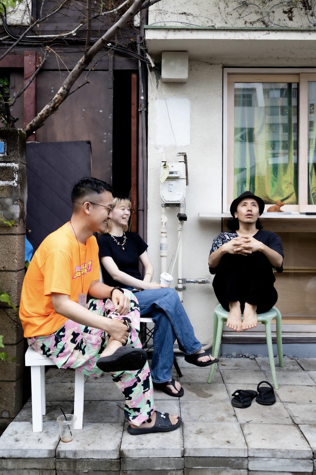 左から涌井智仁、中村奈央、卯城竜太 Image by FASHIONSNAP