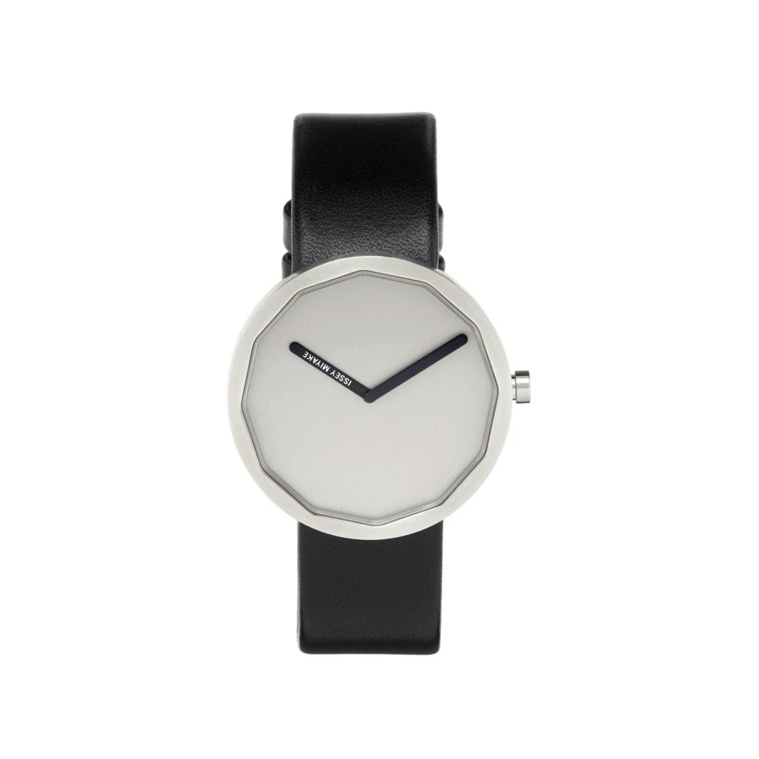 ISSEY MIYAKE MEN ブラック & グレー Twelve 腕時計 ¥63,000(関税・消費税込)