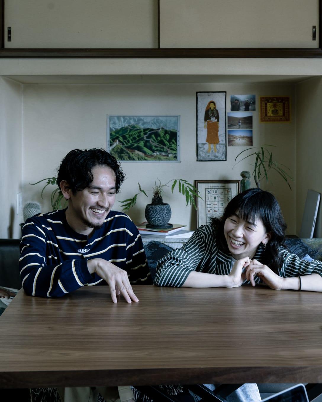 左:HIDAKAデザイナー日高俊 右:デザイナー・横澤琴葉 Image by FASHIONSNAP