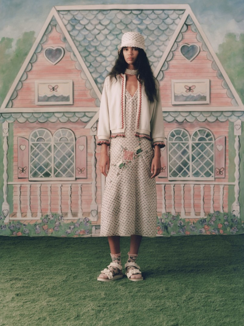 Image by ANNA SUI
