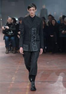Alexander McQueen 2015-16AW ロンドンコレクション 画像1/32