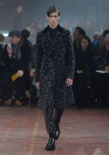 Alexander McQueen 2015-16AW ロンドンコレクション 画像3/32