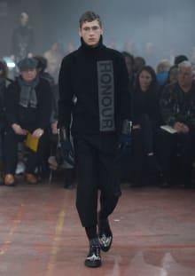 Alexander McQueen 2015-16AW ロンドンコレクション 画像6/32