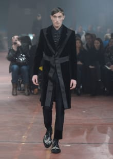 Alexander McQueen 2015-16AW ロンドンコレクション 画像29/32