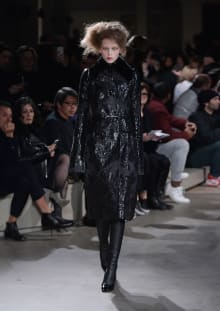 Alexander McQueen 2015-16AW パリコレクション 画像1/36