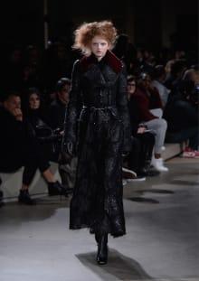 Alexander McQueen 2015-16AW パリコレクション 画像7/36