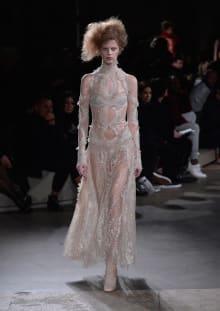 Alexander McQueen 2015-16AW パリコレクション 画像20/36