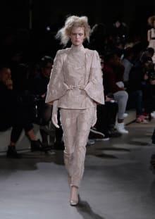 Alexander McQueen 2015-16AW パリコレクション 画像23/36