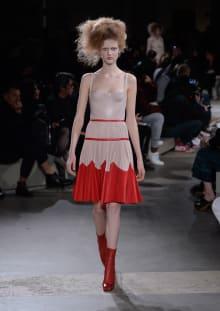Alexander McQueen 2015-16AW パリコレクション 画像25/36