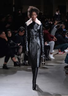 Alexander McQueen 2015-16AW パリコレクション 画像27/36