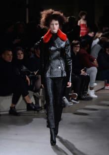 Alexander McQueen 2015-16AW パリコレクション 画像28/36