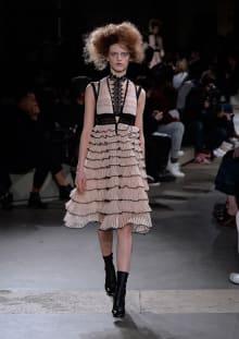 Alexander McQueen 2015-16AW パリコレクション 画像31/36