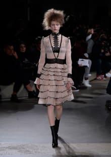 Alexander McQueen 2015-16AW パリコレクション 画像32/36