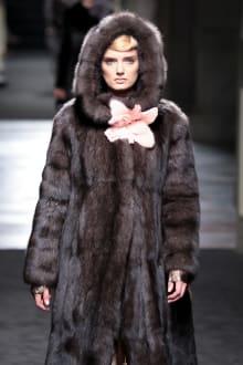 "FENDI ""Haute Fourrure"" in TOKYO 2015-16AW Couture 東京コレクション 画像2/72"